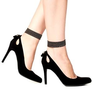 Mwah💋 Jewelry - ✨BUNDLE!✨Sexy▪️Layered Studded Anklets▪️